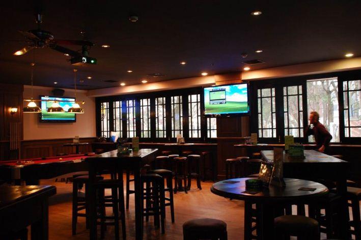 the-camel-sports-bar-shanghai-4
